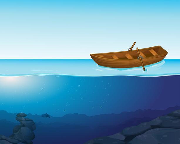 Un bateau sur l'eau