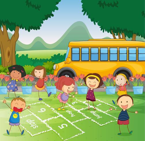 niños y un autobús escolar