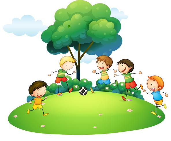 Bambini che giocano a calcio nel parco