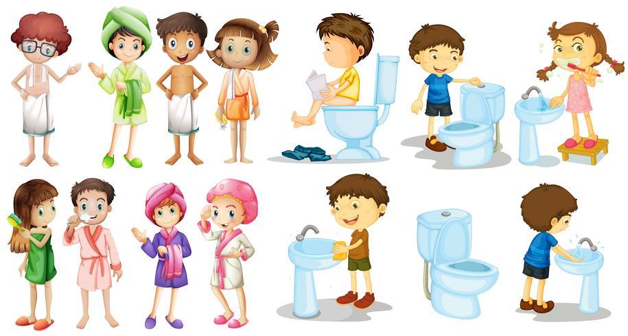 Jungen und Mädchen im Bademantel