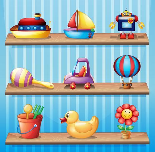Três prateleiras de madeira com brinquedos diferentes