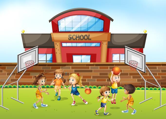 Basketbalspeler op schoolgebied