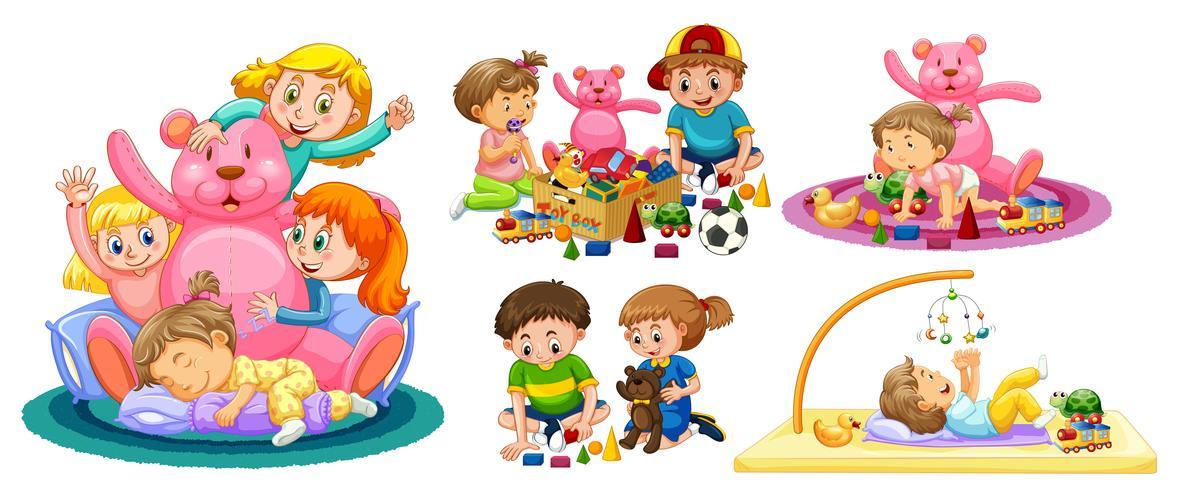 Bambini che giocano con giocattoli su sfondo bianco