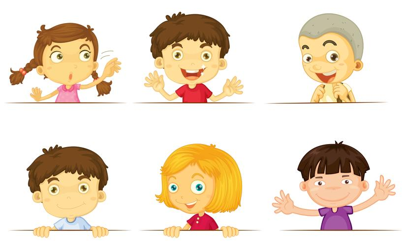 Jungen und Mädchen mit glücklichen Gesichtern