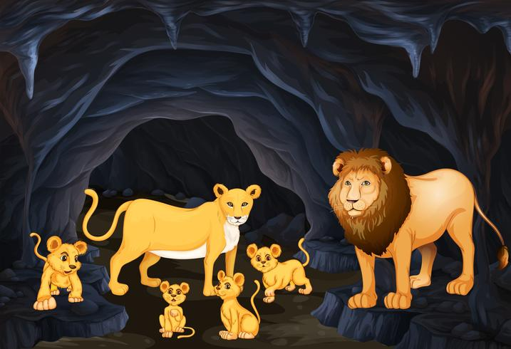 Familia leon con cuatro cachorros