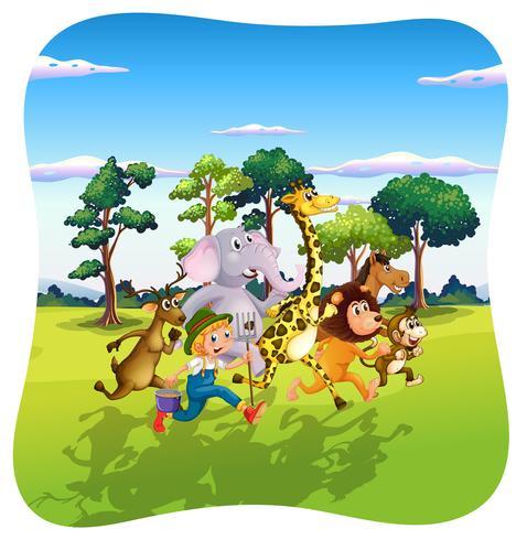 Animales y granjero corriendo en la naturaleza.