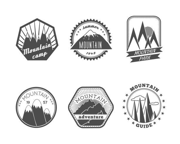 Colección de etiquetas de montañas nevadas vector