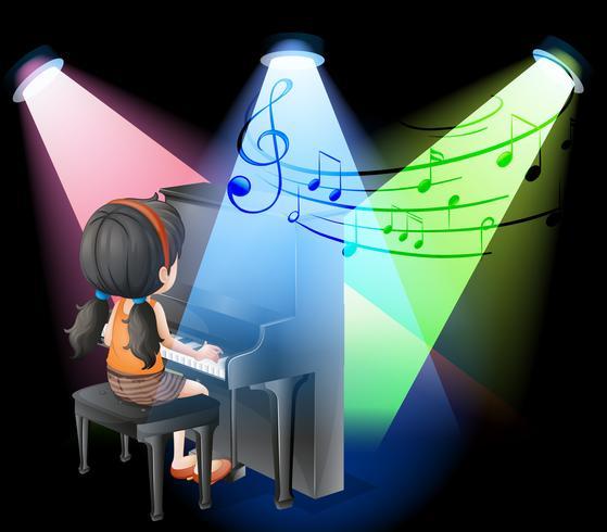 Mädchen spielt Klavier auf der Bühne