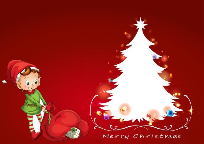 Un elfo al lado del arbol de navidad.