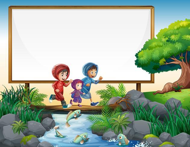 Modelo de fronteira com três crianças correndo na ponte