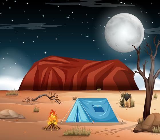 Acampando en la escena del desierto