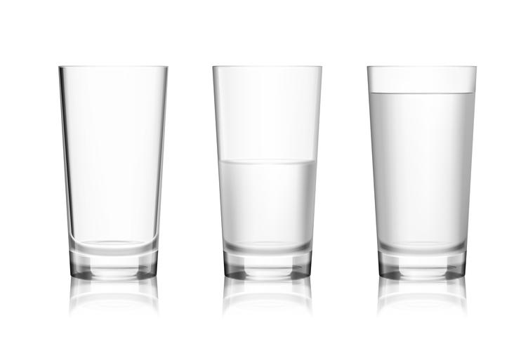 Bicchiere pieno e vuoto