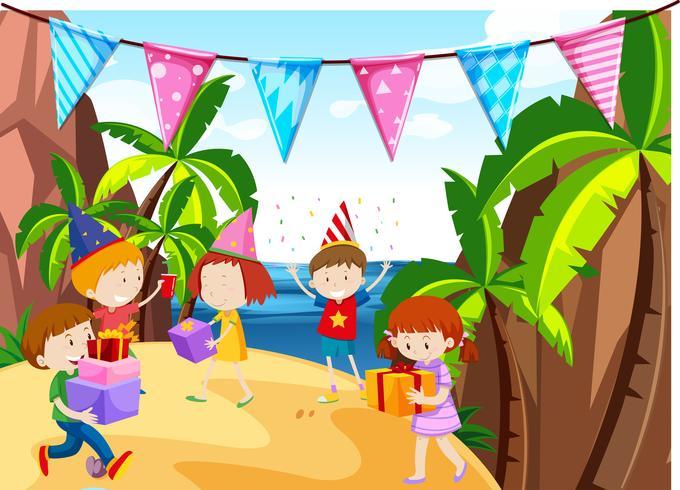 Muitas crianças tendo festa na praia