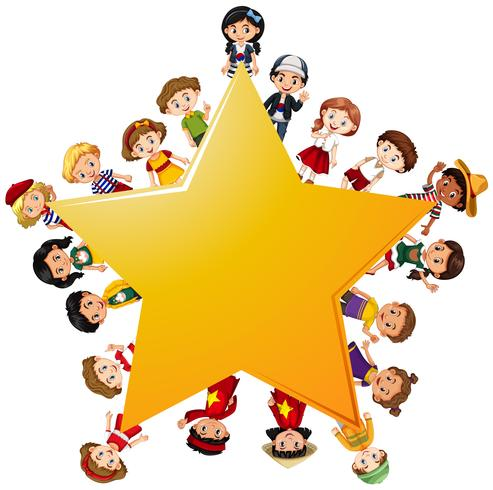 Glückliche Kinder um gelben Stern
