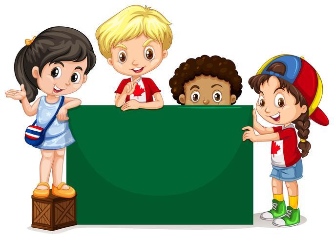 Kinderen staan bij het groene bord