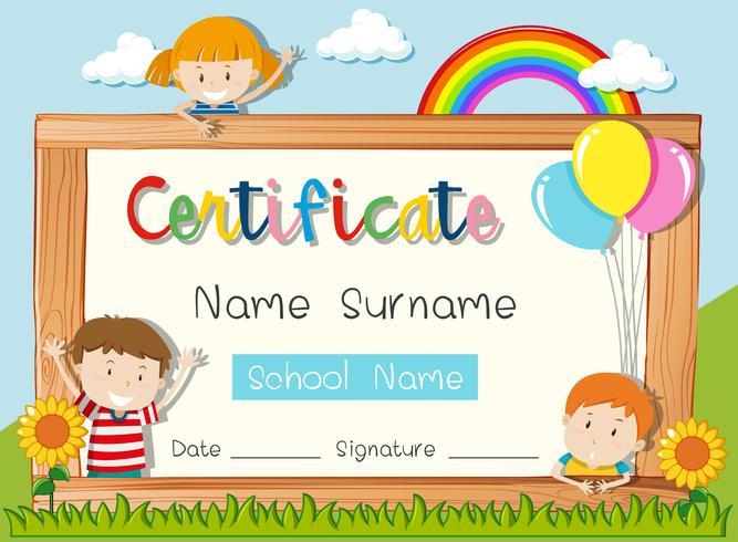 Modelo de certificado com três crianças no parque