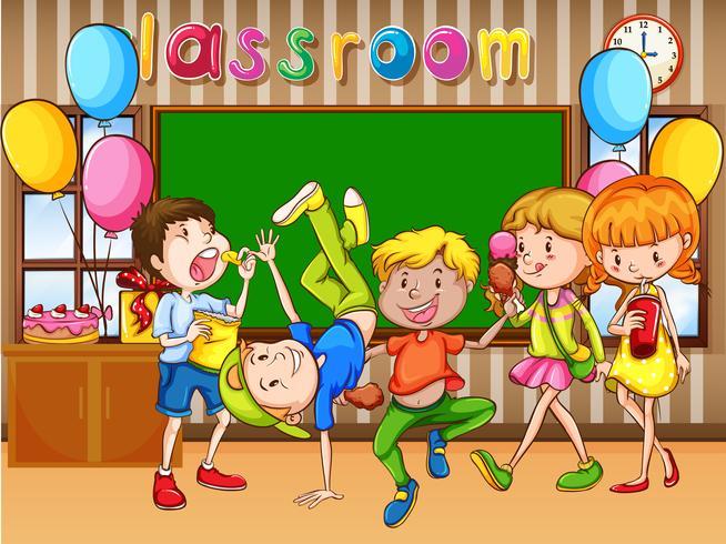Cena de sala de aula com crianças tendo festa
