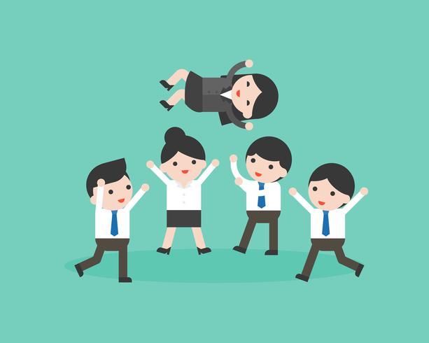 Equipo de empresario lindo lanzando manager en el aire vector