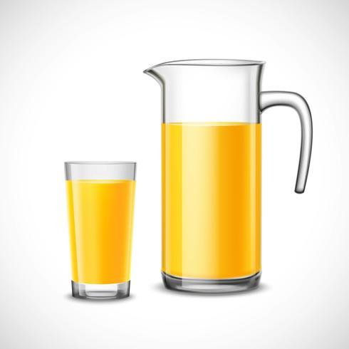 Orangensaft im Glas und im Krug