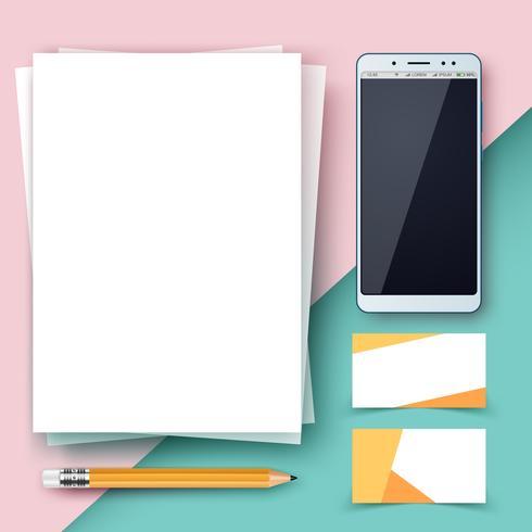 Zakelijke sjabloon. Papier, smartphone, pen.