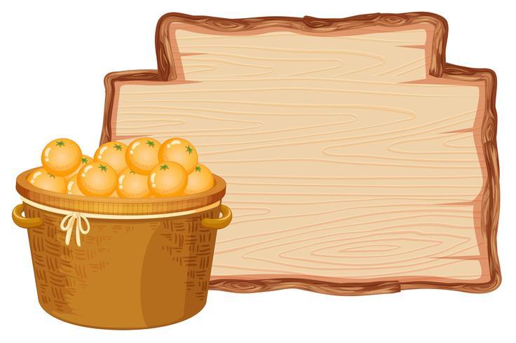 Orange Korb auf Holzbrett