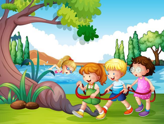 Três crianças, tocando, parque