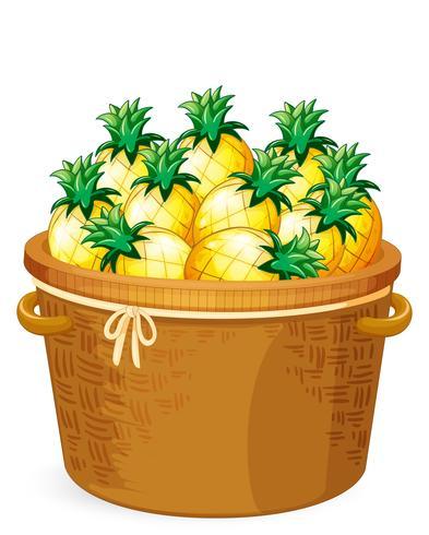 Abacaxi na cesta de tecelagem