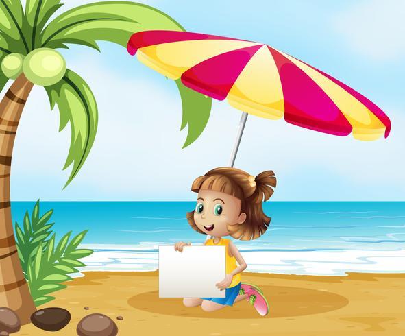 Una niña en la playa bajo el paraguas con un letrero vacío