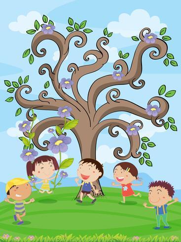 enfants sous un arbre