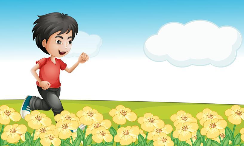 Un niño corriendo en el jardin