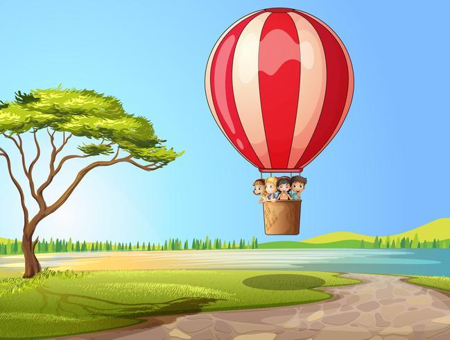 Kinderen in een luchtballon