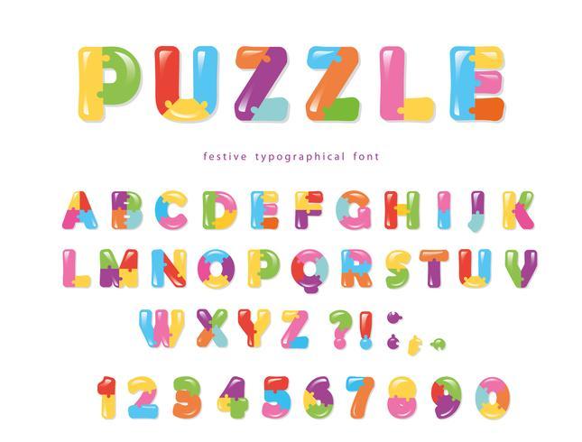 Fuente de rompecabezas. ABC coloridas letras creativas y números.