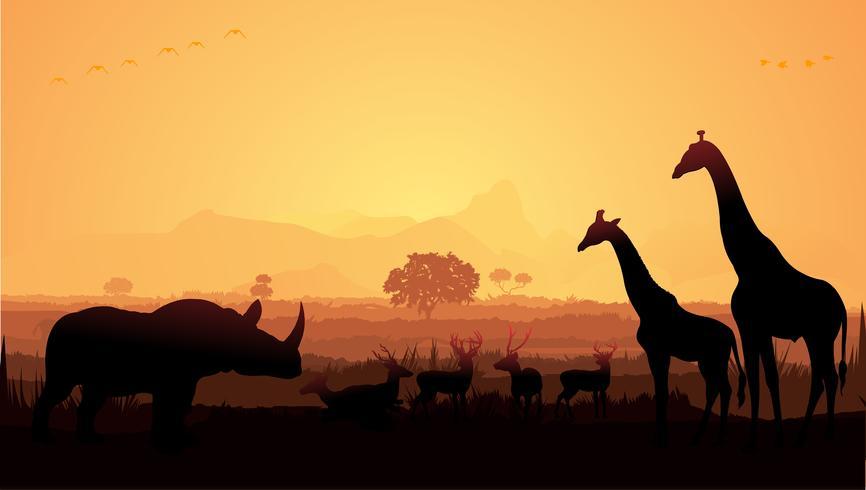 Giraffe en herten in jungle Silhouette