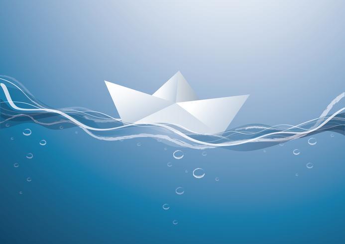 barca di carta sulle onde, barca di carta che naviga sulla superficie dell'acqua blu
