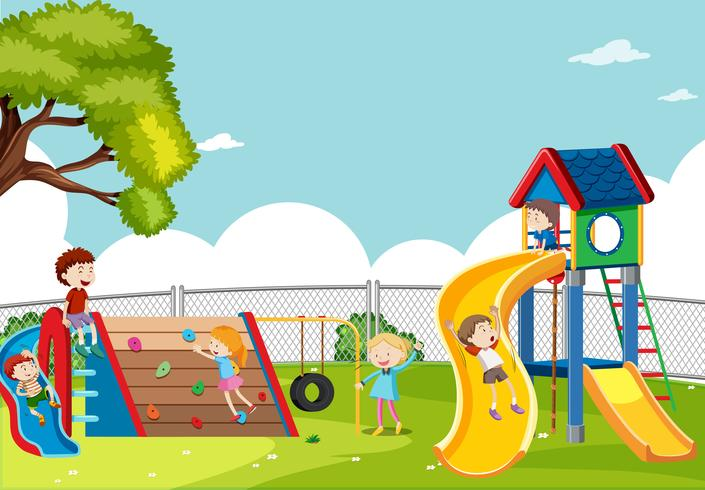 Kinderen spelen in de speeltuin scène