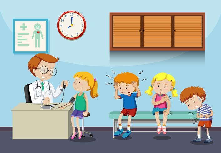 Niños enfermos esperan ver al doctor. vector