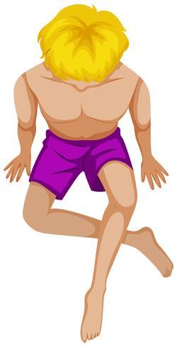 Hombre en bañador morado