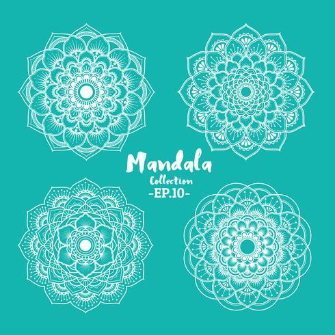 Set av mandala dekorativa och prydnadsdesign