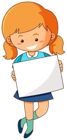 Ragazza in possesso di carta bianca su sfondo bianco