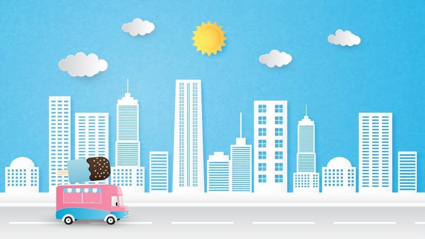 El papel del vector del fondo del paisaje urbano cortó estilo con el camión, el sol y las nubes del helado.