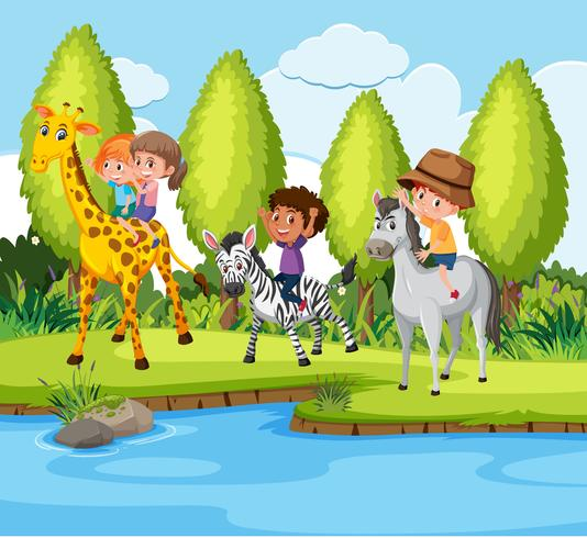 Niños montando animales en la naturaleza.