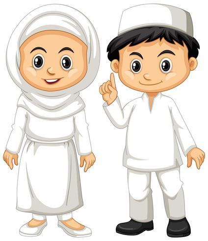 Niño y niña musulmanes en traje blanco