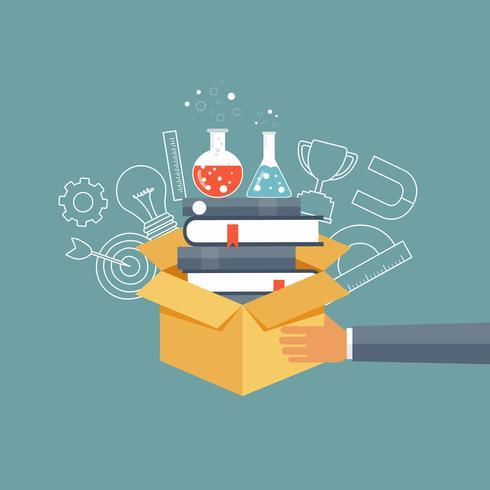 Main tenant une boîte avec un tas de livres