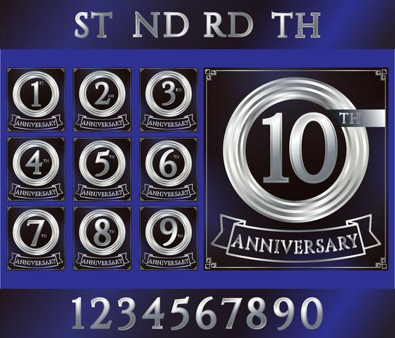 Logo dell'anniversario in argento con numeri. Set di carte di anniversario con nastro su sfondo blu