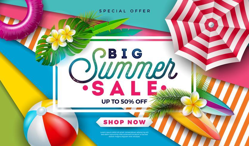 Diseño de la venta del verano con la pelota de playa, la sombrilla y las hojas de palma exóticas en fondo colorido. Ilustración de oferta especial de vector tropical con tipografía para cupón