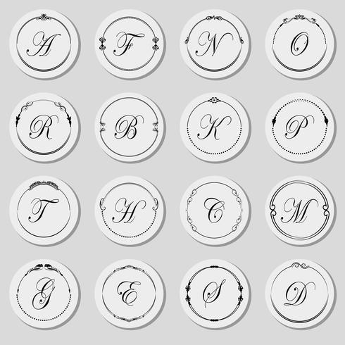 Una grande serie di cornici di diverse forme con l'alfabeto. Vettore