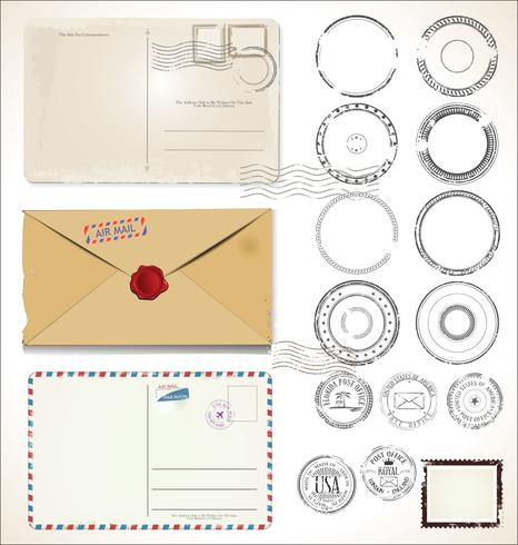 Conjunto de selos postais e cartões postais em fundo branco correio correio aéreo