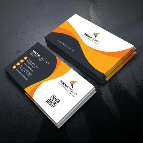 Scheda di visita di forma arancione Vettore gratuito