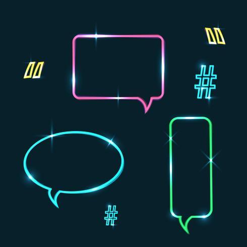 Vector conjunto de burbujas de discurso de neón, comillas de neón y hashtag de neón