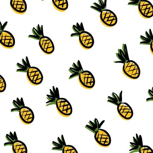 Ananas su sfondo bianco.